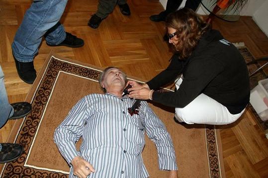Petr Kostka bude v seriálu Cesty domů dnes večer zavražděn.