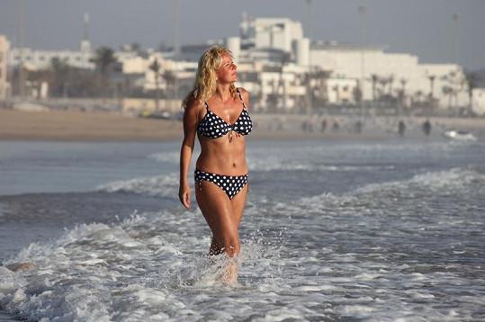 Vendula Svobodová si v marockém Agadiru užívala slunce. V ČR ji po návratu přivítaly o 20 stupňů nižší teploty.