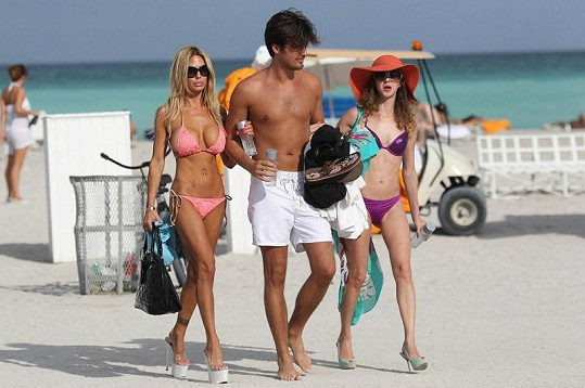 Shauna Sand s exmanželem Laurentem a dcerou Alexandrou.