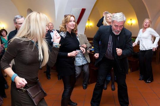 Na narozeninové párty Karla Štědrého to manželé Rosákovi pořádně roztočili.