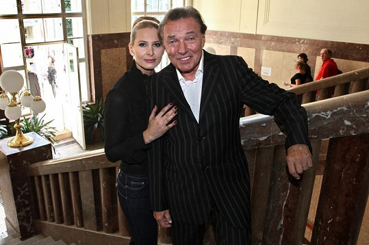 Karel Gott s manželkou Ivanou.