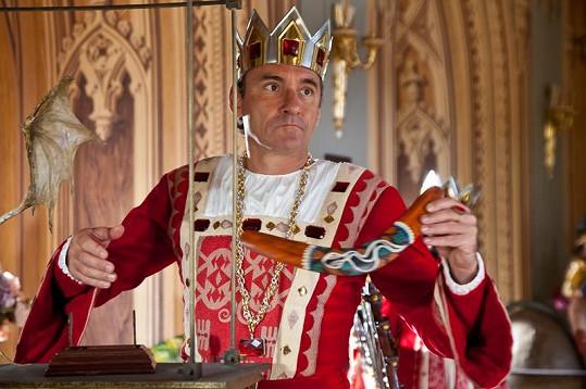 Jan Čenský v roli krále Viléma. Princům už odzvonilo, milý Jene.