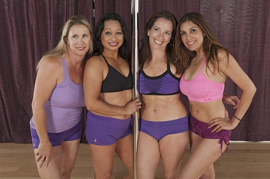 Barbara (49), Norma (51), Nancy (47) a Becca (41) si říkají Pole Pumas.