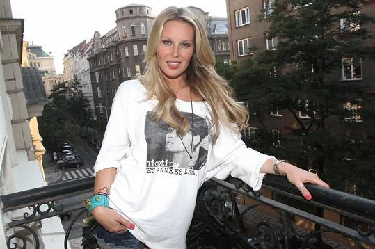 Simona Krainová patří stále mezi nejžádanější české topmodelky.