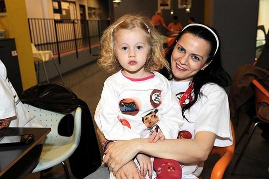 Vanda Konečná s dcerou Laurou.
