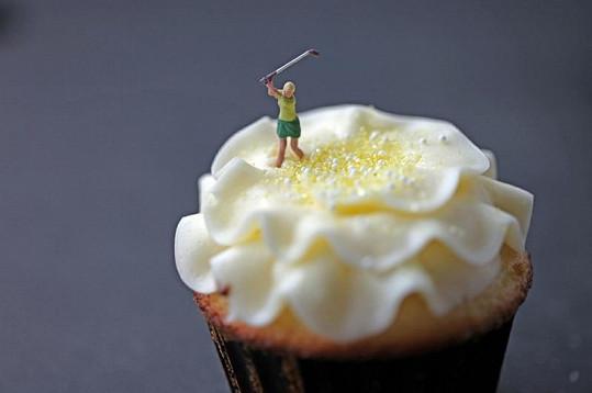 Golfistka na zmrzlině.
