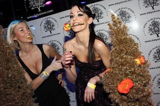 Dominika Mesarašová si v podniku zařádila s Agátou Hanychovou.