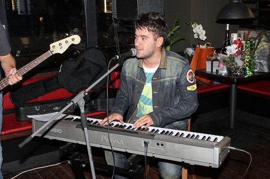 Na narozeninách Martiny Gavriely zazpíval i Marek Ztracený.