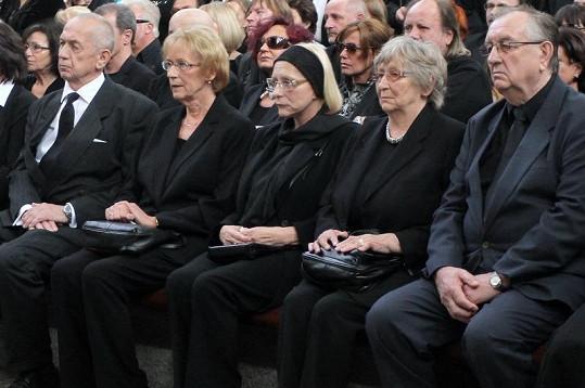Zdrcená rodina Pavla Vrby.