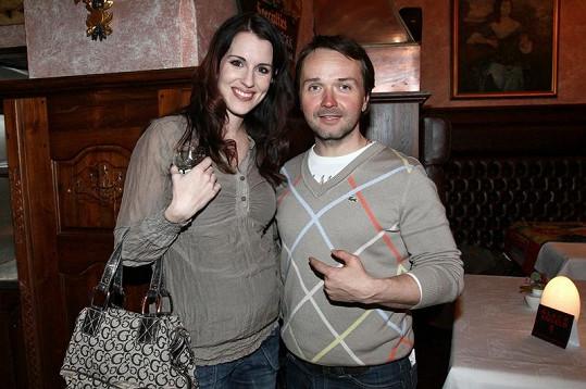 Lucie s Vlastou Korcem, který bude za dva měsíce dvojnásobným otcem.