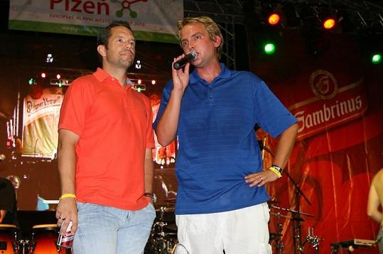 Libor Bouček (vpravo) se snažil Horvátha ukecat, aby Plzeň prohrála se Spartou.