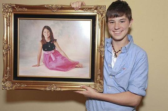 Arin s fotografií, na níž byl ještě půvabnou dívkou.