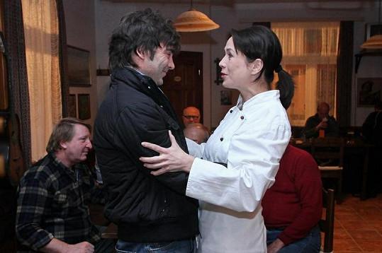 Pavel Řezníček a jeho seriálová bývalá láska Tereza Kostková.