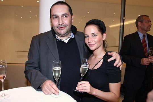 V roce 2013 ukončila vztah s bývalým producentem Janem Nejedlým, se kterým taktéž plánovala svatbu.