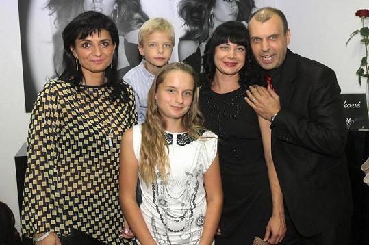 Petr Rychlý s rodinou.