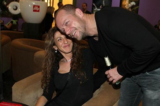 Filip Blažek s partnerkou Jolankou.