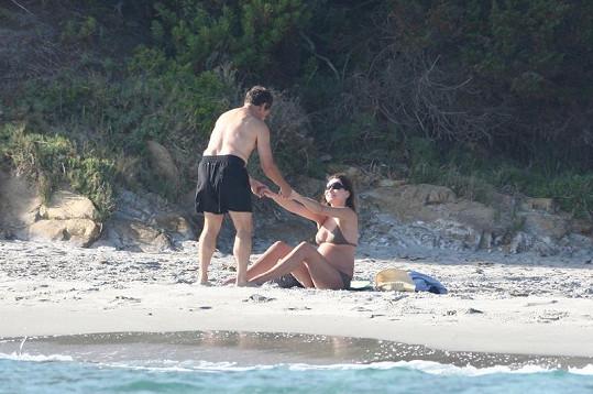 Carla Bruni a Nicolas Sarkozy na dovolené v jižní Francii.
