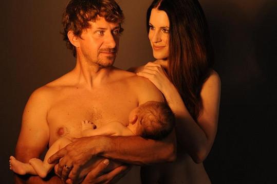Lucie Váchová Křížková pózuje s manželem a synem na krásných fotkách.
