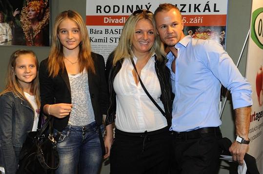 Braňo Polák s Kateřinou Šlégrovou a její dcerou Jessicou.