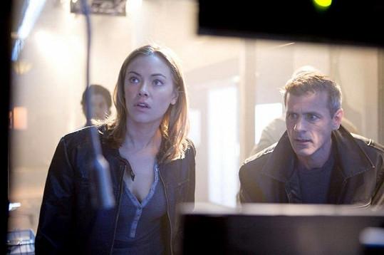 Rob Stewart jako agent v seriálu Painkiller Jane.