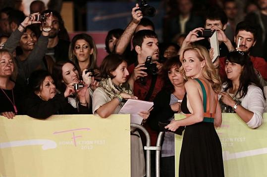 Gillian má mnoho fanoušků.