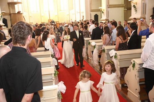 Svatební obřad se konal v sobotu v kostele U Salvátora v Praze.