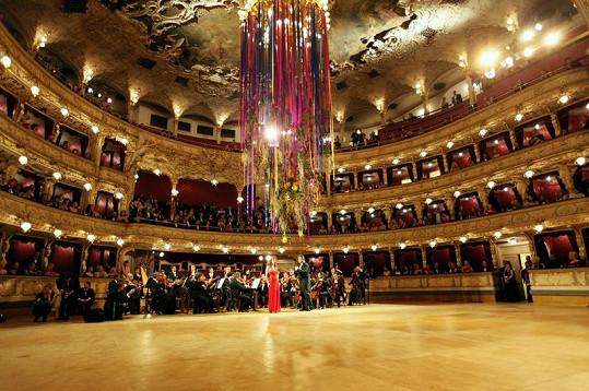 V rámci programu vystoupí operní diva Dagmar Pecková.