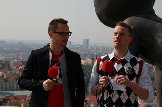 Martin Pyco Rausch a Jakub Prachař na pražské Žižkovské věži.