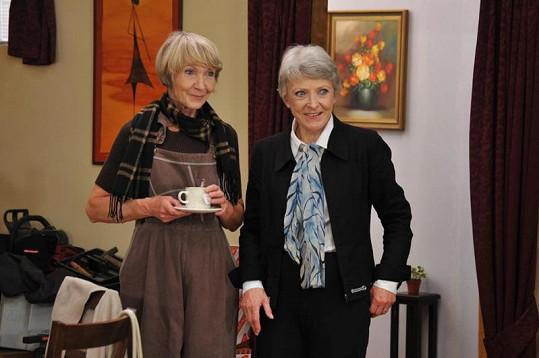 """Dana Kolářová a Jana Štěpánková hrály už v původní """"Rodince""""."""