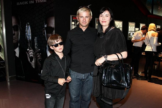 Kryštof Michal s manželkou a synem.