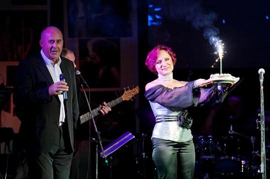 Turné pro Petru organizuje Petr Salava.