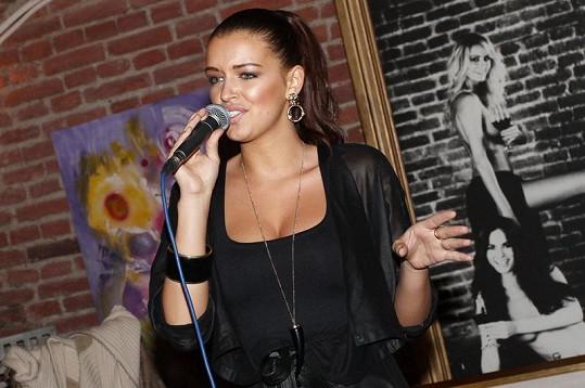 Jitka se do zpěvu opravdu pořádně položila.