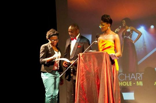 Paulina, namibijský ministr kultury a zástupkyně dětského domova, kam šel výtěžek z charitativního večera.
