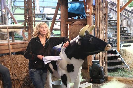 Tereza Pergnerová moderovala Farmu.