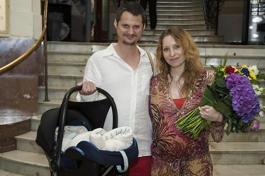 Otcem holčiček je scenárista Ivan Kotmel (archivní foto).