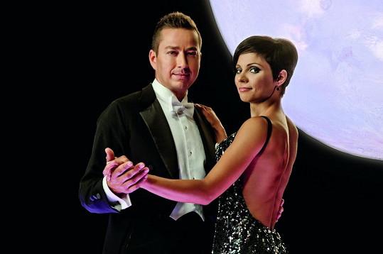 Sympatický zpěvák to už brzy rozjede v taneční soutěži StarDance.