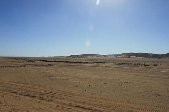 Noid fotil hlavně poušť.