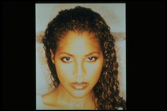 Toni Braxton v době, kdy natočila svůj veleúspěšný hit Un-Break My Heart.