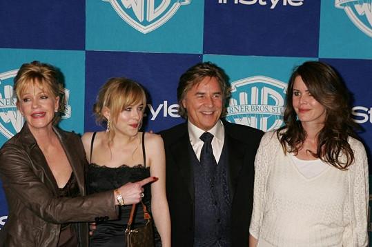 Melanie, Dakota, Don a jeho současná manželka.