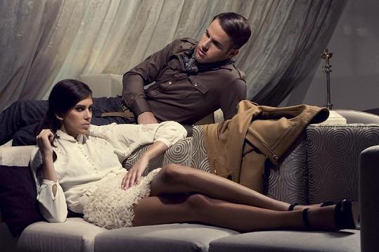 Aneta Vignerová a Lucas Mach, který je osobní stylistou modelky.