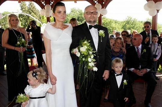 Herečka neprožívá zrovna idylické období. V manželství s Milanem Kožíškem to taky skřípe.