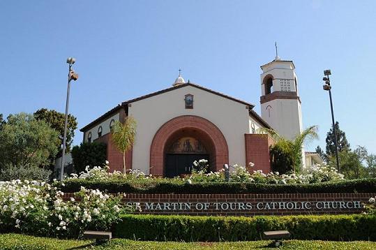 Obřad proběhl v kostele svatého Martina v Brentwoodu v Los Angeles.