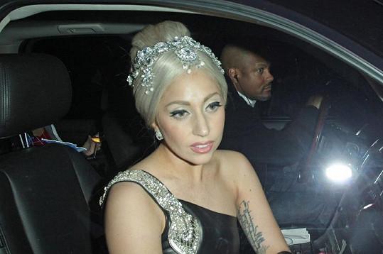Jedna z nejznámějších zpěvaček současnosti vypadala velmi dobře.