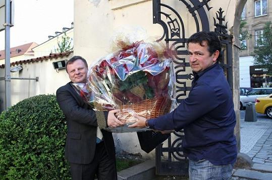 Bohdalová dostala mnoho květinových darů