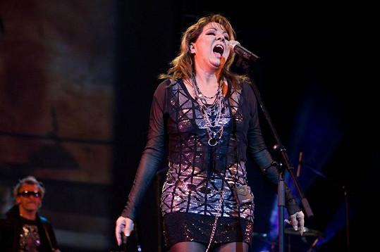 Sandra během vystoupení v Rusku.