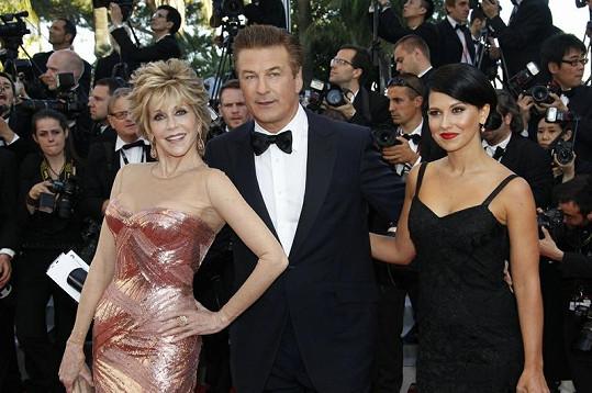 Jane Fonda, Alec Baldwin a jeho snoubenka Hilaria Thomas.
