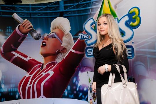 Bloggerka Naďa Myslivcová je sexy kráska.