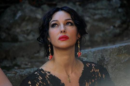 Smyslná Monica Bellucci pro Dolce & Gabbana.