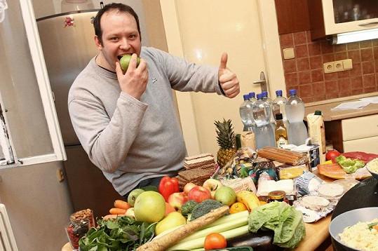 Konec nezdraveho stravování. Hošek musí zhubnout.