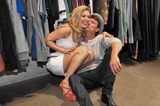 Kraus je stylistce Martině za její služby zjevně velmi vděčný.